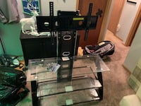 TV Stand with glass shelves Lynnwood, 98036