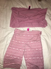 Women's pink and white shorts Mission, V4S 0C8
