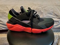 Nike Air Huarache Anthracite SIZE 10 BLK, Hyper Punch, Green Electric