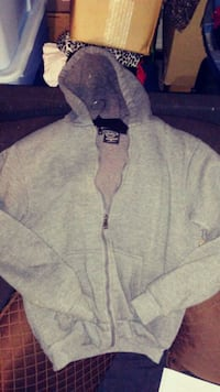 Levels Hoodie Youth Size 14 Bakersfield, 93308