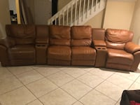 Leather couch  Orlando, 32837