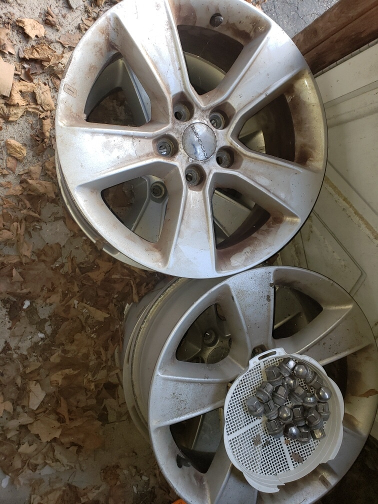 Photo 2014 Dodge Charger stock rims