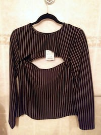 black and white pinstripe crew-neck long-sleeved top