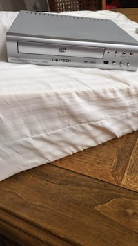 white and gray bed sheet Colleyville, 76034