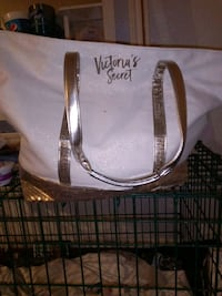 Victoria secret bag Akron, 44305