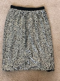 women's black and white floral skirt Aldie, 20105