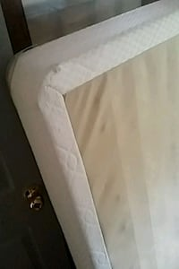 white and gray bed mattress Kitchener, N2H 4J5