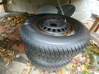 black multi-spoke car wheel with tire set Richmond Hill, L4C 4S8