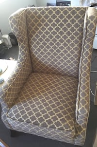 Accent chair, excellent condition hardly used Arlington, 22204