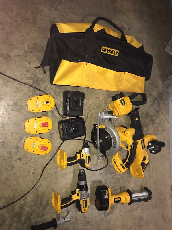 Great set of DeWalt 18v tools