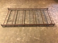 Twin metal daybed foundation  Sykesville, 21784