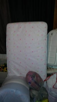 white and pink star-print single bed mattress