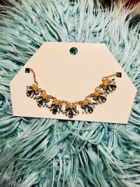Beautiful necklace from Forever 21 Toronto, M1M 2G6