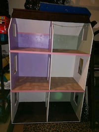6 foot tall doll house (want gone today) Kitchener, N2K 3V9