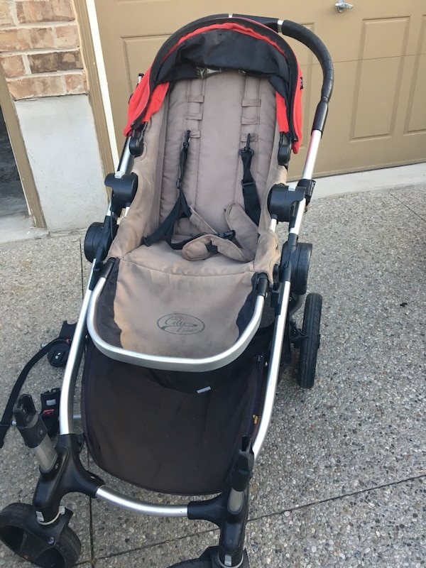 Baby jogger city select stroller with car seat adaptor