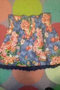 Women's red, blue, and green floral strapless shirt Bakersfield