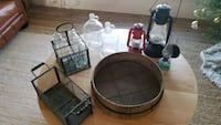Collection of vintage items 508 km