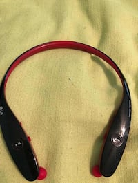 Black and red bluetooth neckband Oakton, 22124