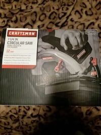 black and gray Craftsman wet / dry vacuum cleaner box 254 mi