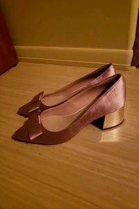 Lord and Taylor heels (brand new) Edmonton, T6H 3J6