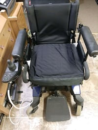 Invacare  electric wheelchair.  Nice condition. New batteries. Comes w Macon, 62544