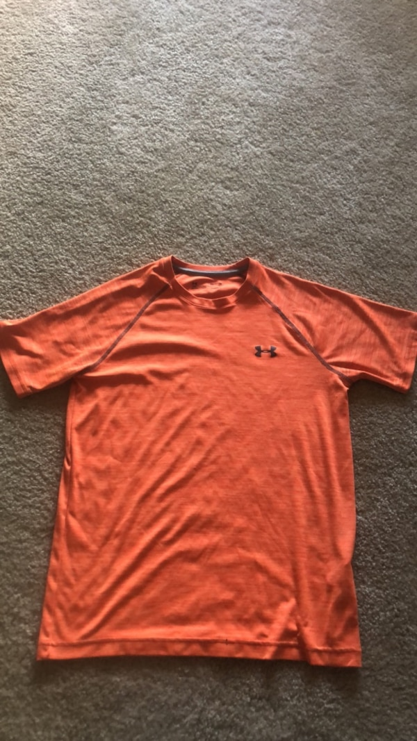 Under Armour Heat Gear Sweat Shirt a21943ba-c764-49fe-840a-9f30ace13366