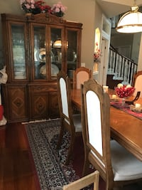 China cabinet with matching dining table Surrey, V4N 1Y4