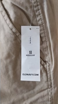 Old Navy Boot-Cut women's low-rise khakis (never worn!)