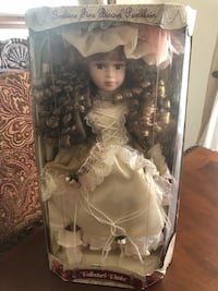 Collector's Choice porcelain bisque limited edition doll Hagerstown, 21740