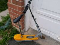 Firefly electric scooter with detachable seat Richmond Hill, L4B 1G2