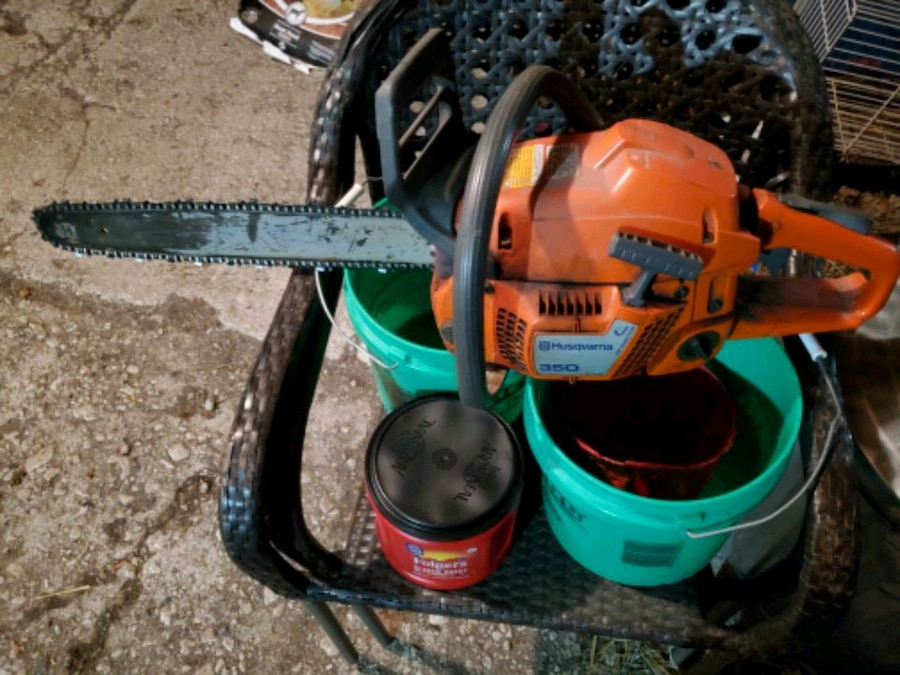 Photo Husqvarna 350 chainsaw