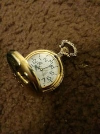 round gold-colored analog watch with link bracelet Las Cruces, 88001