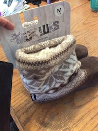 NWT Muk Luks Woman's Sweater Suede & Faux Fur Slipper Boots Size M 7-8