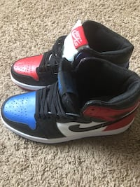 pair of black-and-red Nike basketball shoes Ocean City, 21842