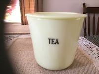 McKee 1930 Custard Tea Canister with Lid Frederick, 21701