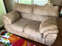 Brown microfiber couch Arlington, 22203