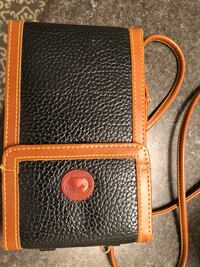 Cross body wallet for travel Vaughan, L4J 9K9