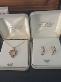 Earrings and necklace set Virginia Beach, 23464