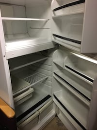 White top-mount refrigerator null, N0A