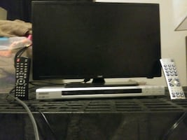 "19"" tv with built-in dvd player"
