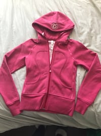 Lululemon Pink Size 2 Hoodie Excellent Condition Like New Toronto, M6C 3R9