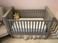 Pottery Barn Crib with mattress Centreville, 20120