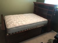 Used Full Bed and Dresser Eastpointe, 48021