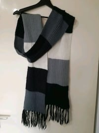 Black, gray and white scarf 6646 km