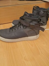 Nike sf air force 1 mid grey  Vancouver