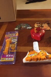 Garfield Collectibles Bedford, 01730