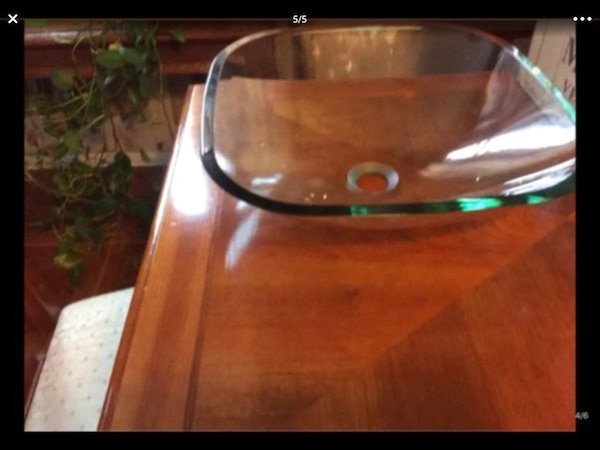 SQUARE CLEAR GLASS VESSEL SINK..... CHECK OUT MY P 43966242-42c4-46cb-891f-b8f165397a6b