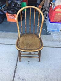 Brown wooden windsor antique collectible chair Sparks, 89436