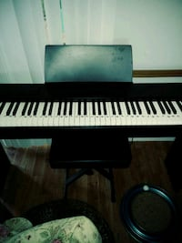 black and white electronic keyboard North Myrtle Beach, 29582