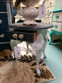 Vintage end tables / side tables, set of 2 !!! Bluffton, 29910